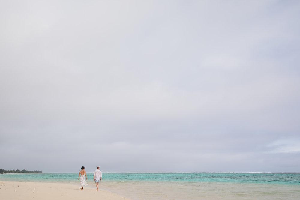 beach walk rarotonga