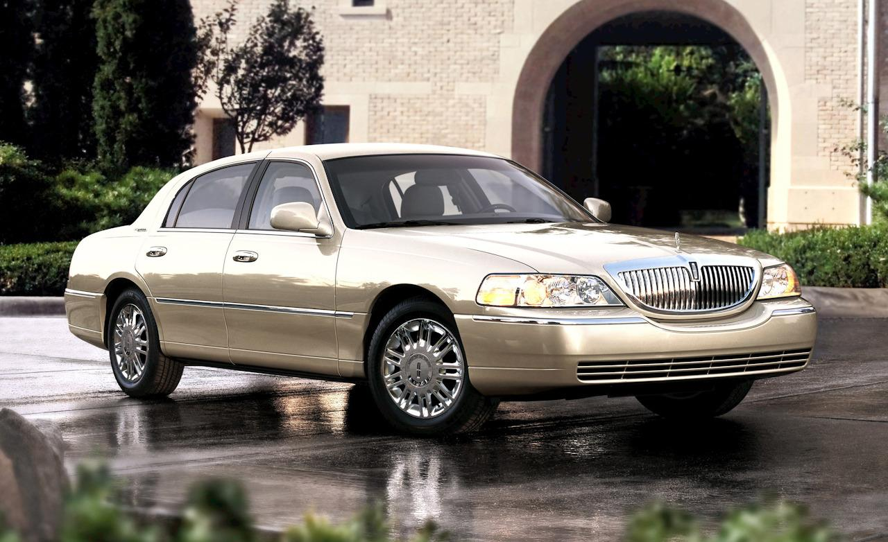 Driver Profile Lincoln Town Car Clunkerture Image Courtesy