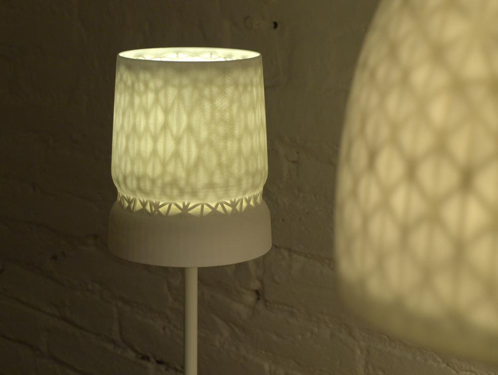 Stellate-Table-Lamp-001.jpg