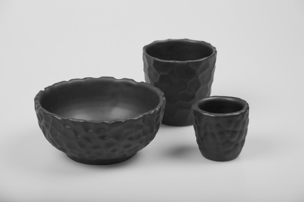 Flint, Hive & bubbles - A generative 3D Printed ceramic tableware