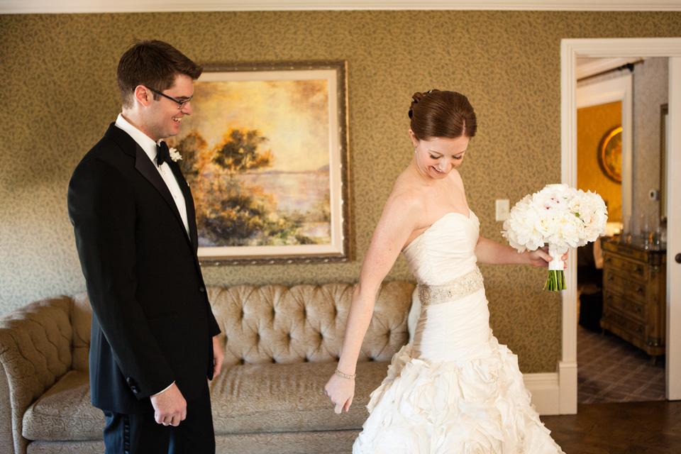 rosecliff-newport-wedding0010.jpg