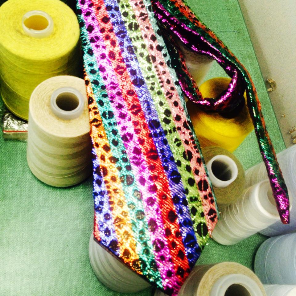 Rainbow tie.jpg
