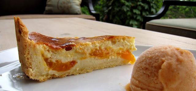 apricot3.jpg
