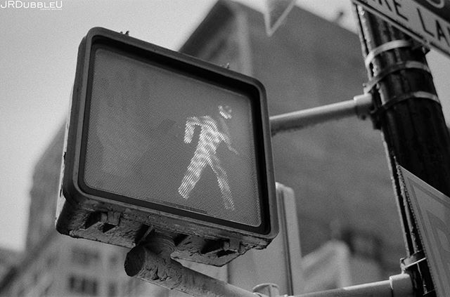 The #NewYork on #Film Series... . . . #35mmfilm film #filmisnotdead #filmphotography #agfa #agfafilm #35mm #newyorkcity #city #cityscape #canonphotography #igersnyc #streetphotography #bigcity #nyc #bnw #bnwphotography #bnwmood #bnw_captures #igersbnw #photooftheday #bnwcity #citylife #streetdreamsmag #zeiss #zeisslens #ishootfilm #analogphotography #thedarkroomlab