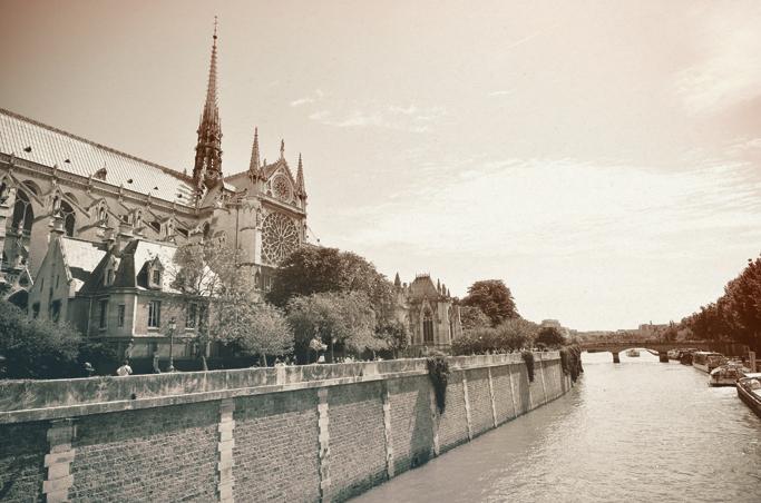 12_Life_Lausanne_Paris_Day_1_Low21.jpg