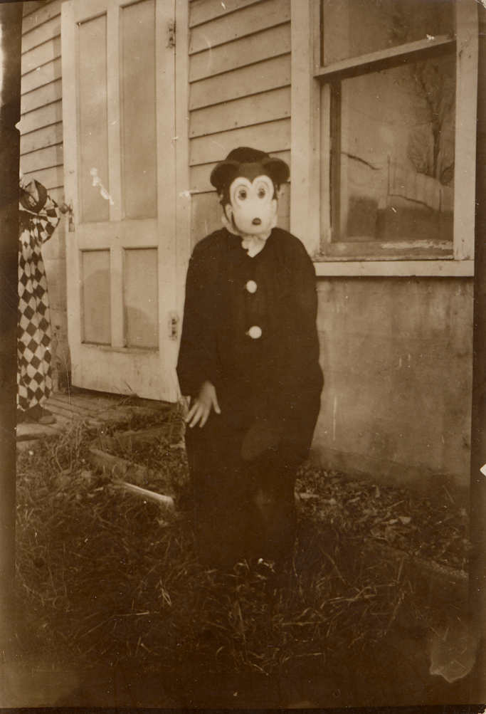 Grandma_Halloween_2.jpg