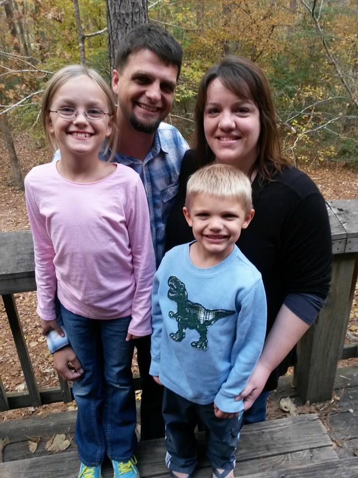 Matt & Dana Metzger & family