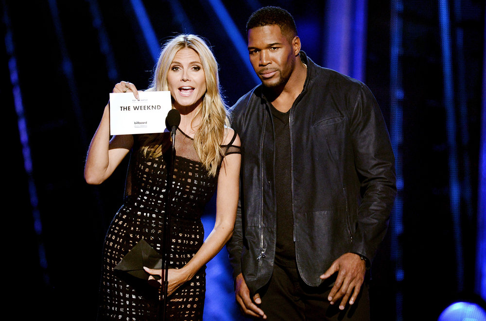 Heidi-Klum-and-Michael-Strahan-onstage-bbma-2016-billboard-650-1548.jpg