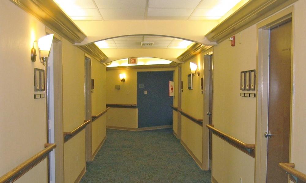 TheLynmoore_2 - CorridorAfter.jpg