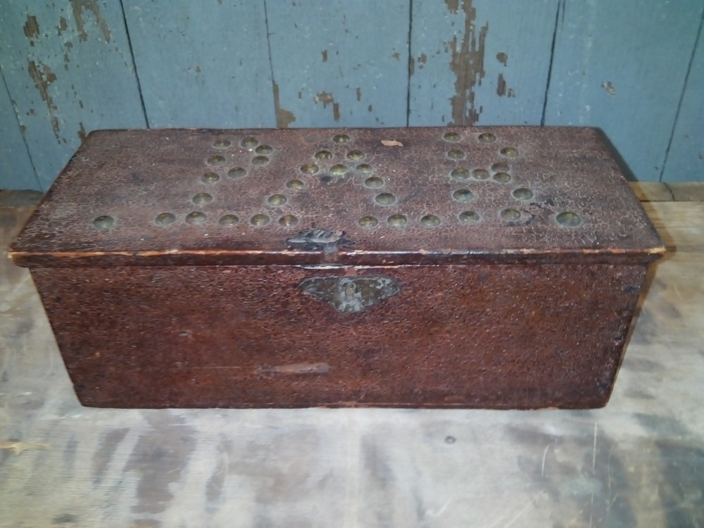 Early 18th century document box