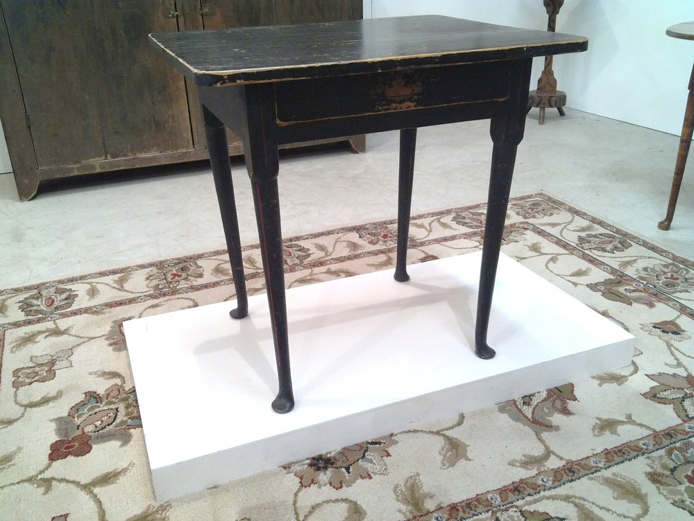 New England Queen Anne Table
