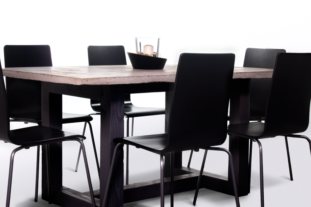 Table_CLoseup.png