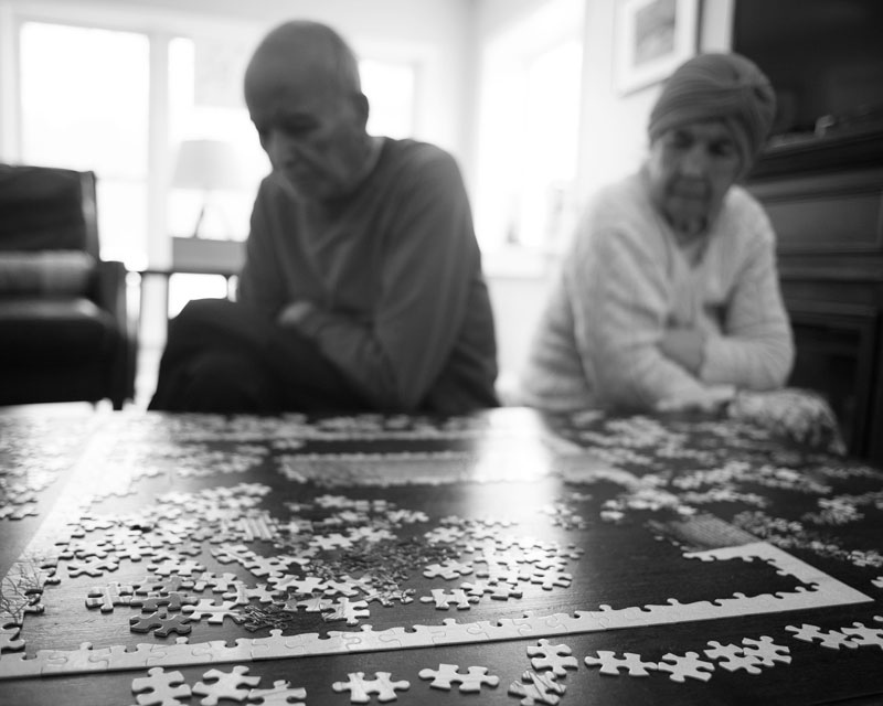 Puzzles above 500 pieces confuse him.
