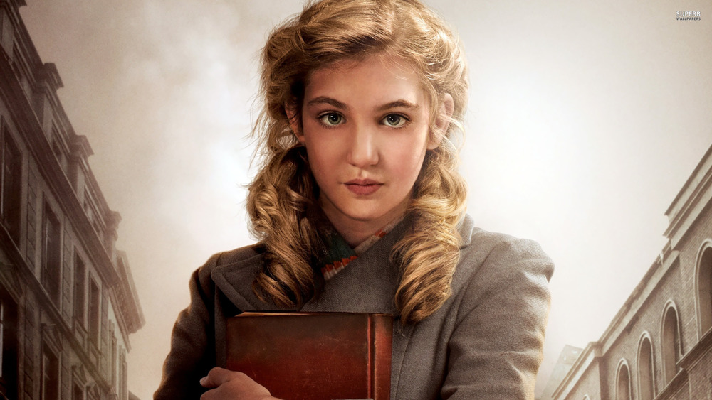 liesel-the-book-thief-26147-2560x1440.jpg