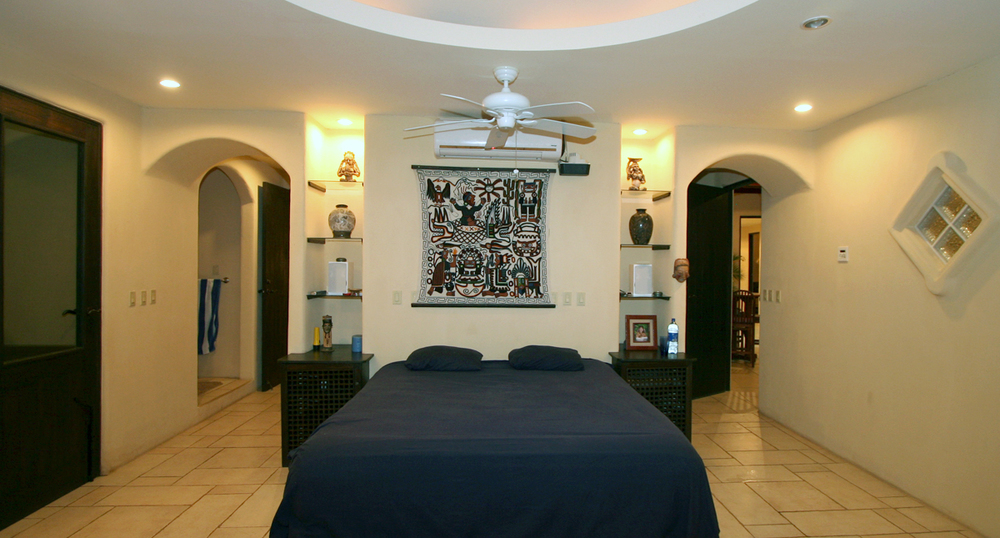 Master Bedroom of Villa Noche