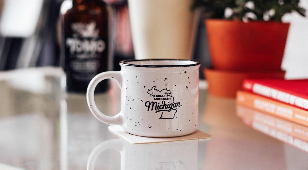 09-tomo-mug.jpg