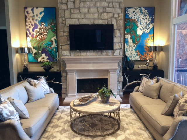 Private residence in Louisiana, 2015.  Yu was commissioned to paint the above diptych, which matches the client's scuba diving interest.
