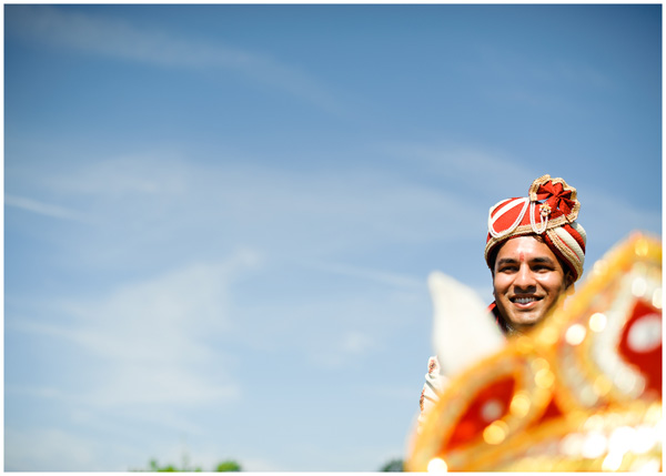 groom horse indian wedding photographer