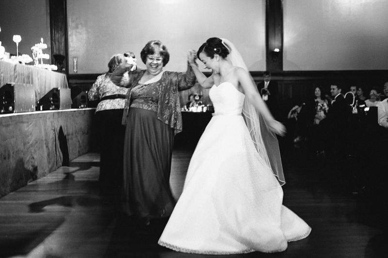 cathedral-park-bossanova-ballroom-wedding-072.jpg