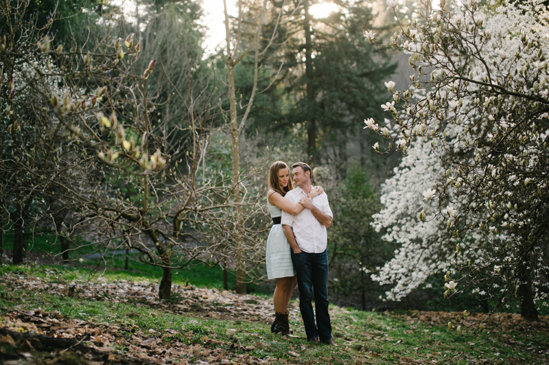 hoyt-arboretum-portland-engagement-016.jpg