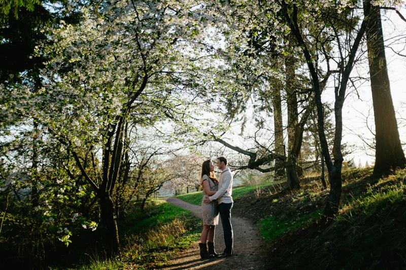 hoyt-arboretum-portland-engagement-024.jpg