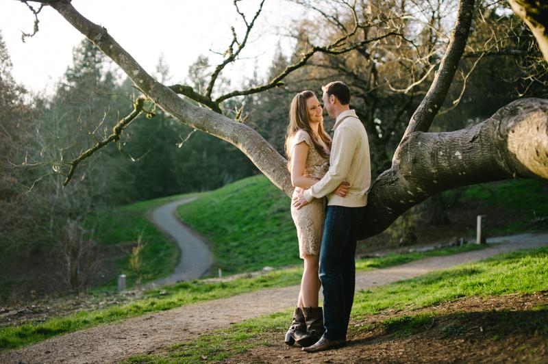 hoyt-arboretum-portland-engagement-026.jpg
