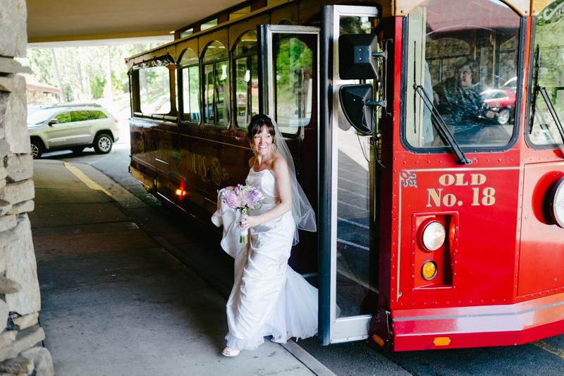 destination-asheville-north-carolina-wedding-070.jpg