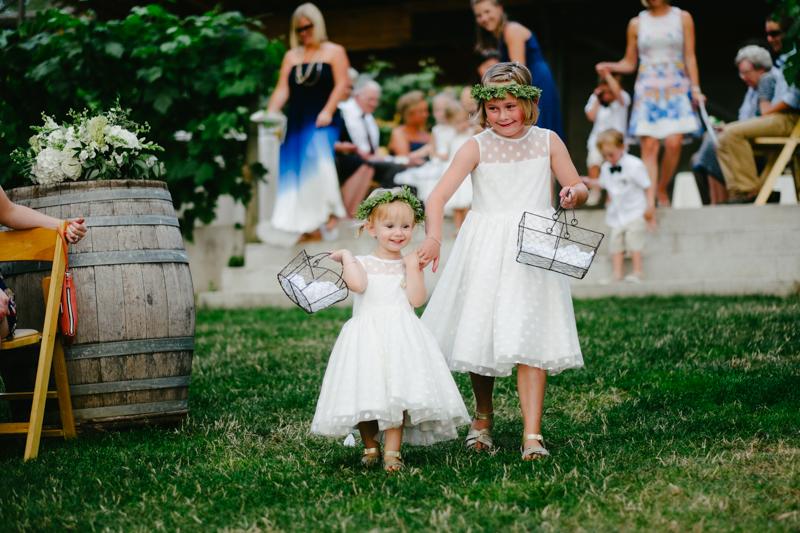 vista-hills-vineyard-wedding-oregon-058.jpg