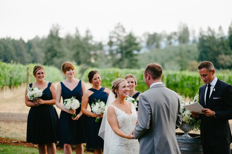 vista-hills-vineyard-wedding-oregon-067.jpg