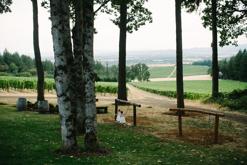 vista-hills-vineyard-wedding-oregon-082.jpg