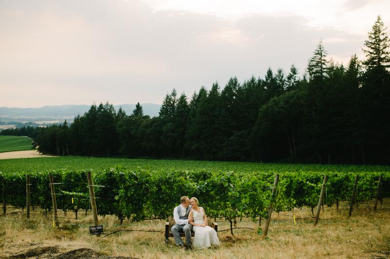 vista-hills-vineyard-wedding-oregon-084a.jpg