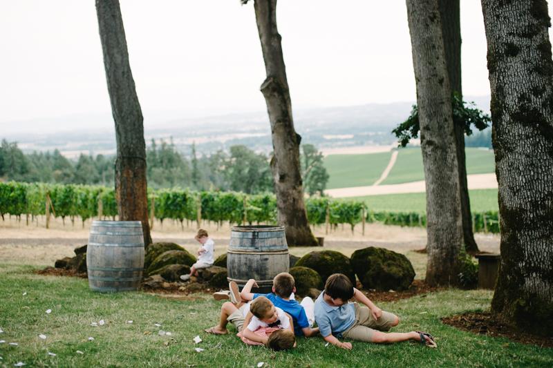 vista-hills-vineyard-wedding-oregon-089.jpg