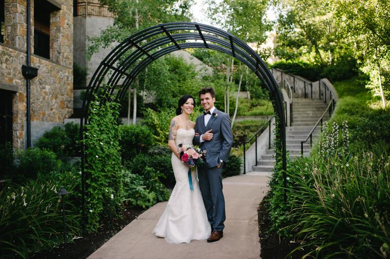 allison-inn-oregon-wedding-036.jpg