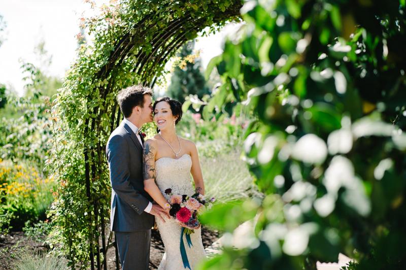 allison-inn-oregon-wedding-038.jpg