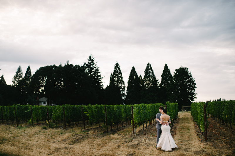 allison-inn-oregon-wedding-072.jpg
