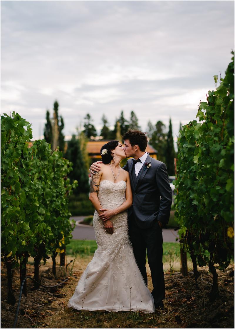 allison-inn-oregon-wedding-074a.jpg