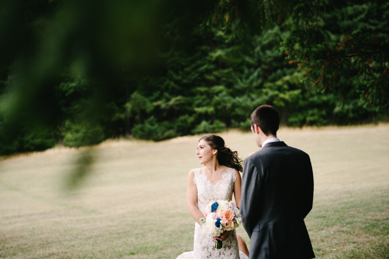 wind-mountain-ranch-washington-wedding-015.jpg
