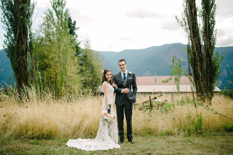 wind-mountain-ranch-washington-wedding-017.jpg
