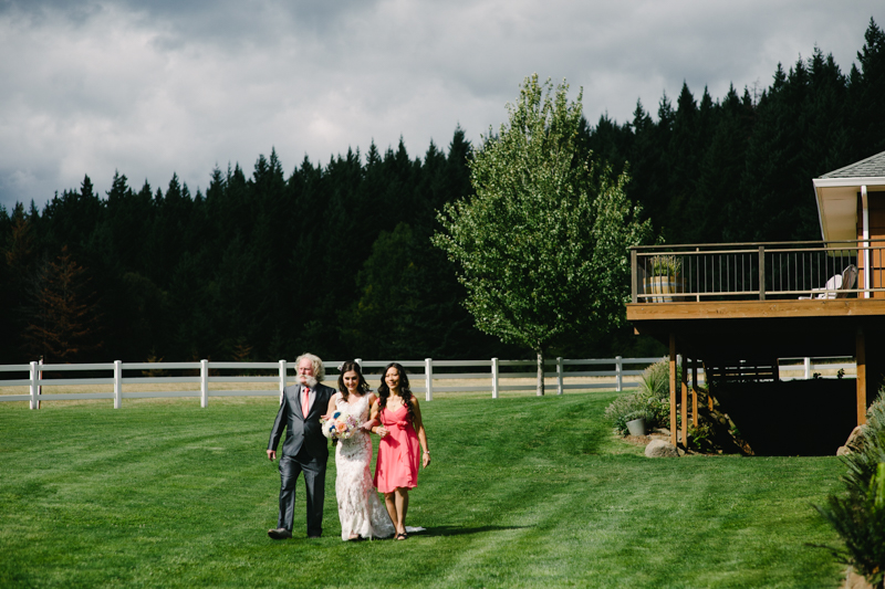 wind-mountain-ranch-washington-wedding-031.jpg