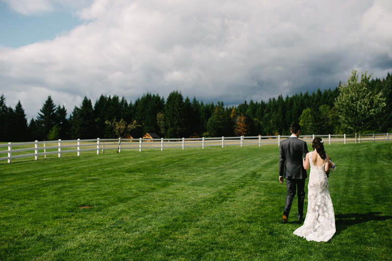 wind-mountain-ranch-washington-wedding-040.jpg