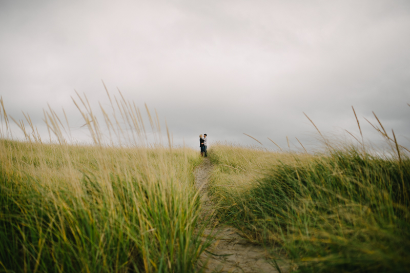 oregon-coast-seaside-engagement-19.jpg