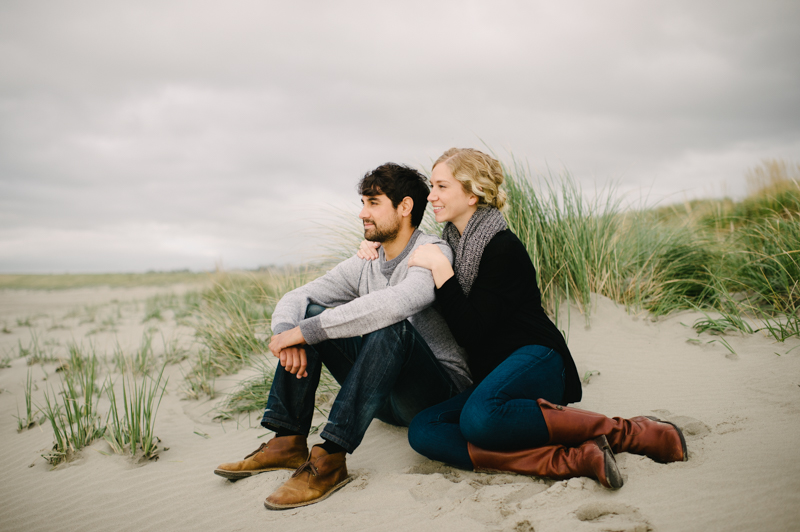 oregon-coast-seaside-engagement-25.jpg