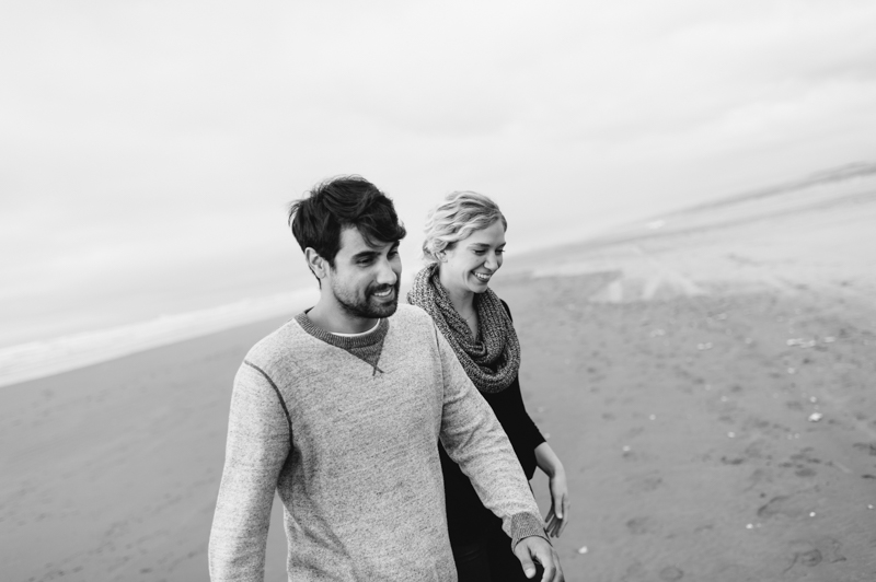 oregon-coast-seaside-engagement-30.jpg