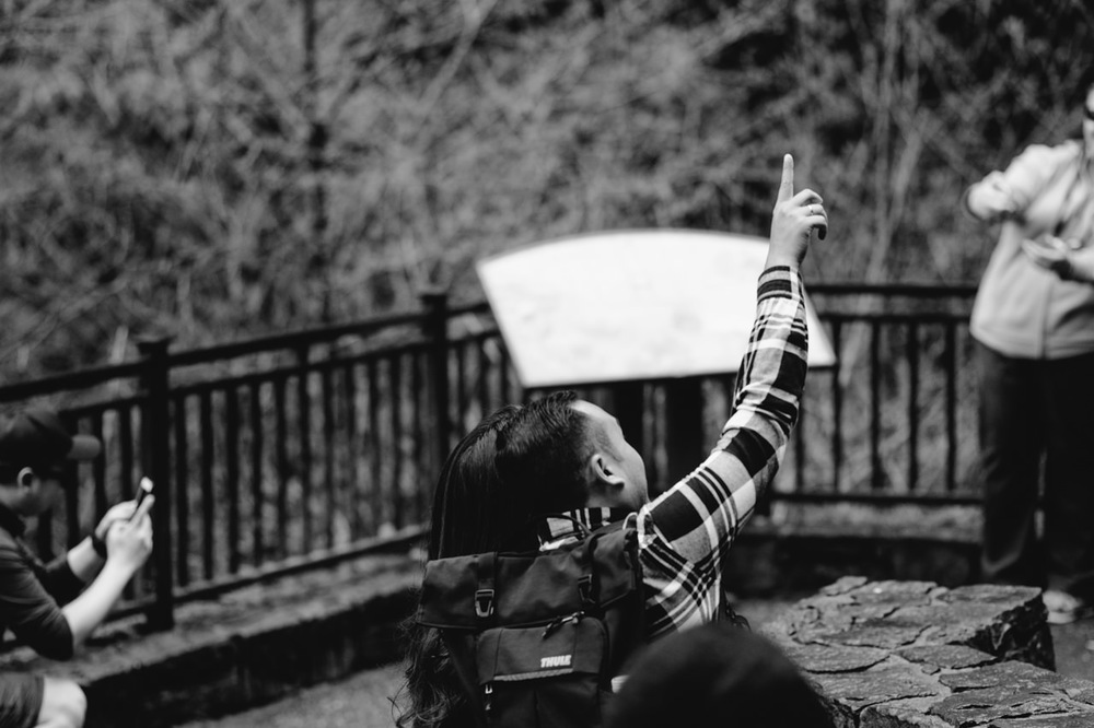 005-multnomah-falls-proposal-engagement-portland.jpg