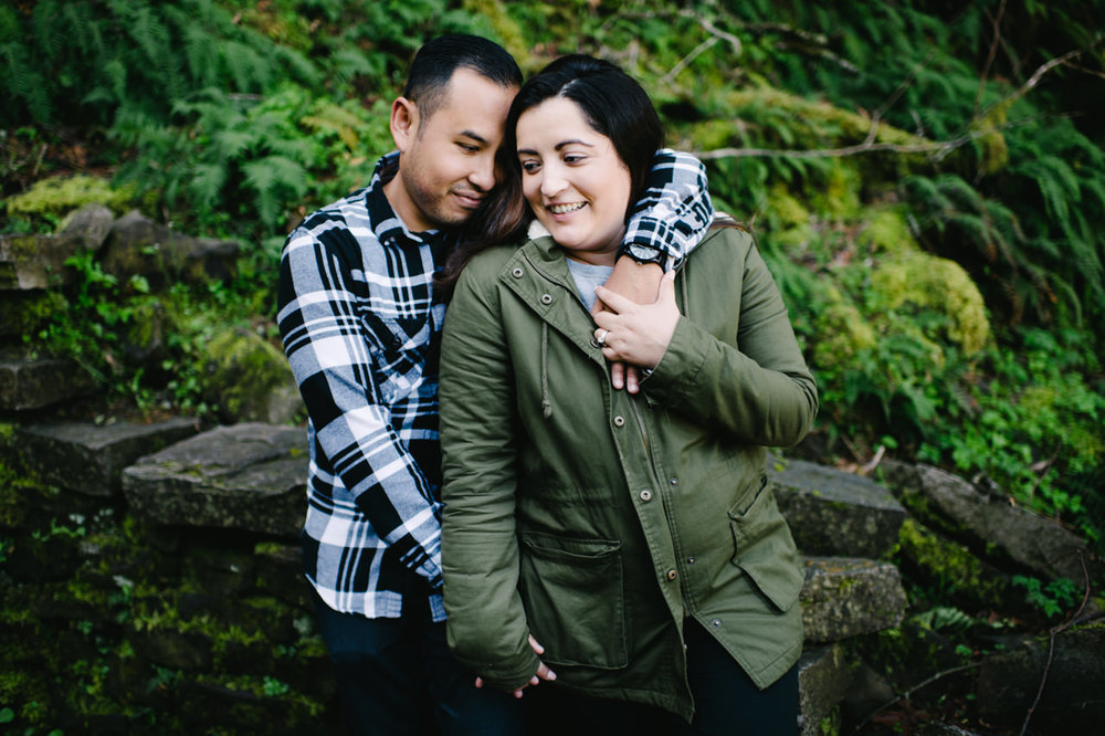 025-multnomah-falls-proposal-engagement-portland.jpg