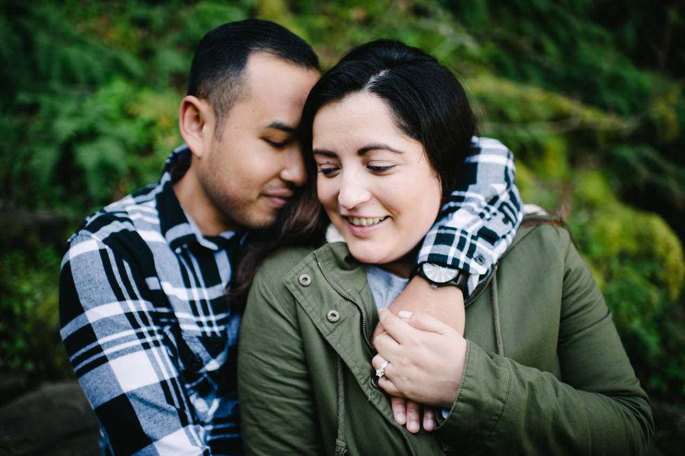 026-multnomah-falls-proposal-engagement-portland.jpg