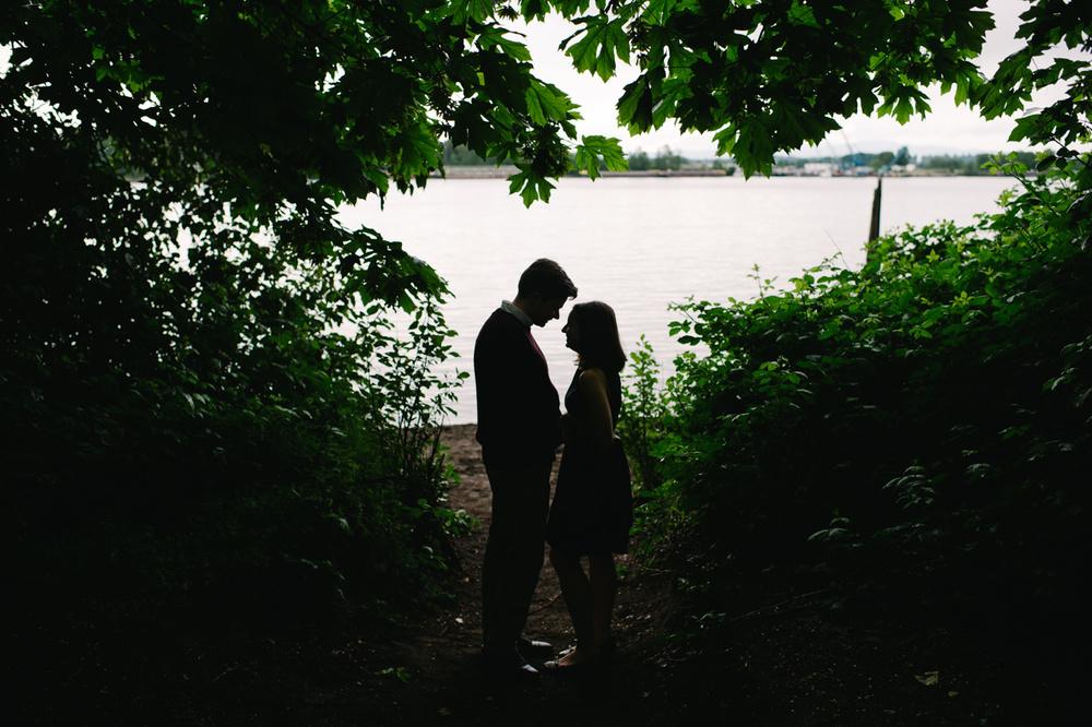 kelley-point-park-engagement-portland-05.jpg