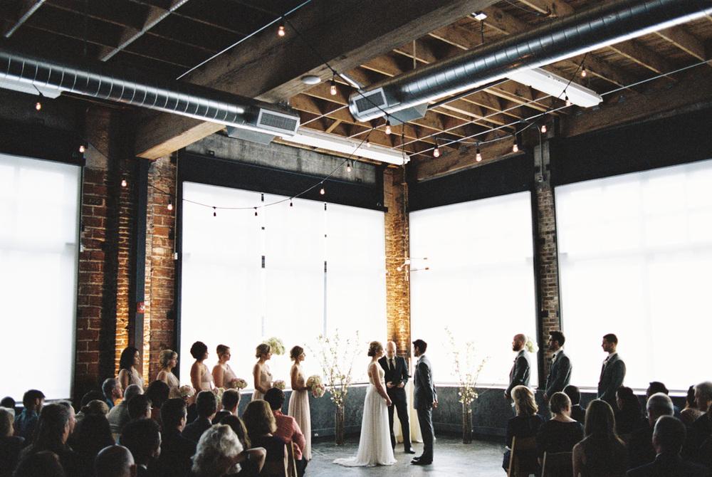 leftbank-annex-film-portland-wedding-003.jpg