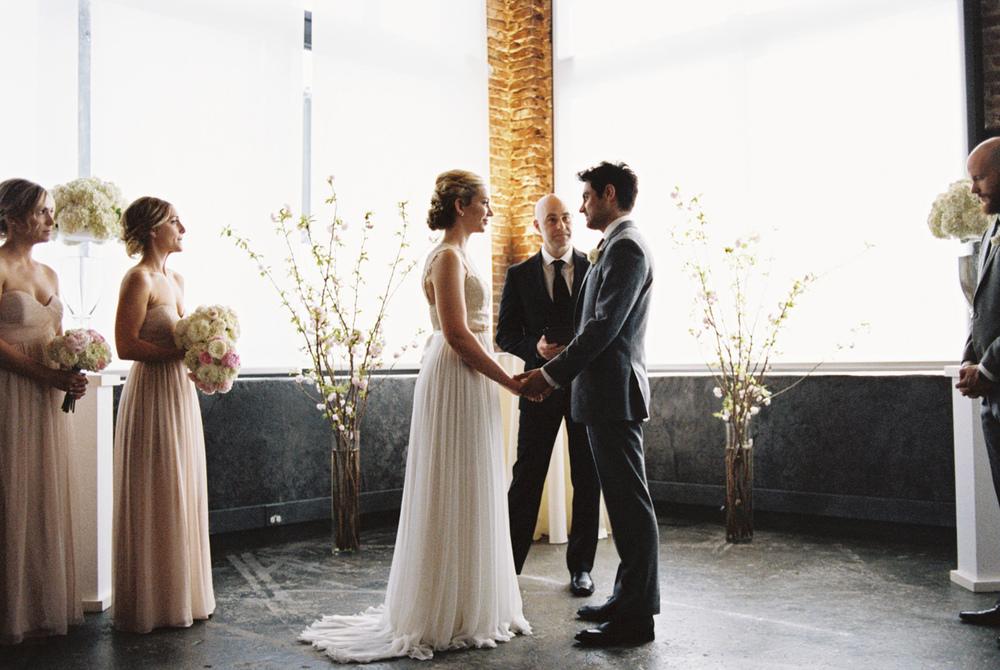 leftbank-annex-film-portland-wedding-004.jpg