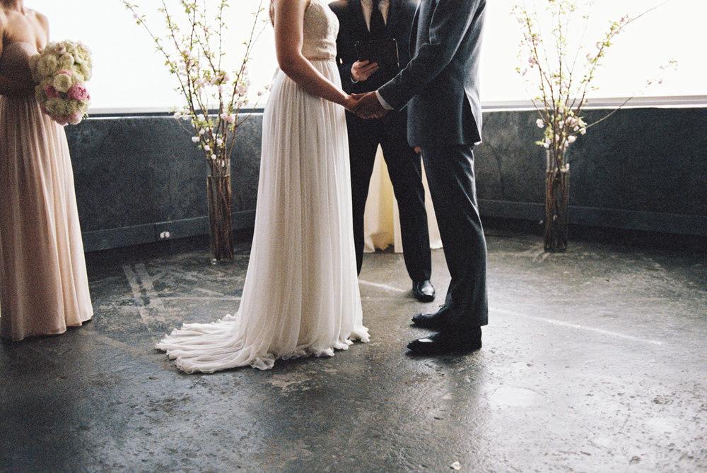 leftbank-annex-film-portland-wedding-006.jpg